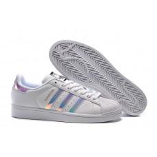 Adidas Tênis Superstar Holográfico fc08e639d7357