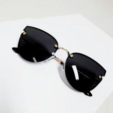5f6546e4f Óculos Preto e Dourado BYDI